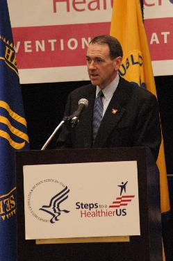 MIke Huckabee delivers a Healthy US speech